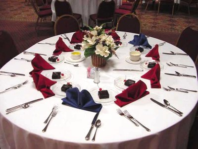 banquet table setting cutlery